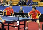 18-21 октября 2007 года, Санкт-Петербург. ITTF pro tour EUROSIB Открытый чемпионат России по настольному теннису. №8 Chen Qi (слева) и Qiu Yike в атаке, Китай.