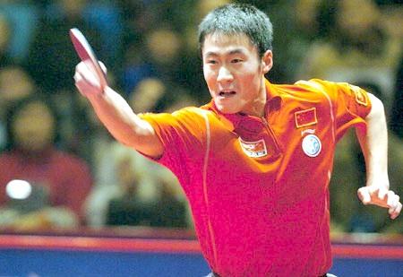 25 декабря 2005 года, китайский город Чанша. 27-летний олимпийский чемпион Wang Liqin из Китая в одиночку переиграл всю сборную мира (5:0).